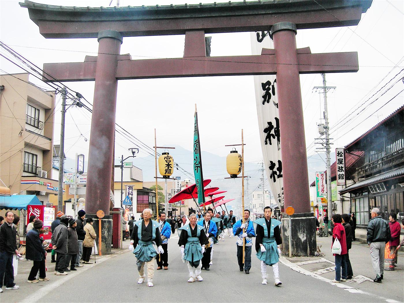 武水別神社の頭人行事(大頭祭)